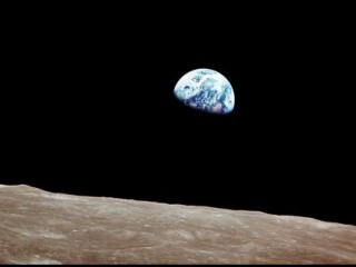 Earthrise - Apollo 8 - Christmas 1968 - astronaut William...